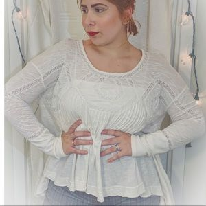 FREE PEOPLE WHITE SHIRT SIZE SMALL